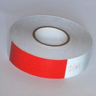 Zelfklevende reflecterende tape